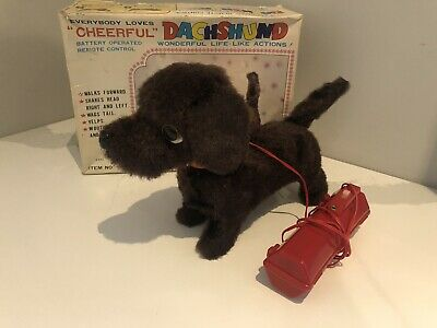 Dachshund Everybody Loves Cheerful Toy Battery Operated Toy w/ Box 1119 Japan