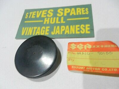 Suzuki Cl50 Love, Black Fuel Tank  Cap ,44210-90100 ,Genuine Nos .