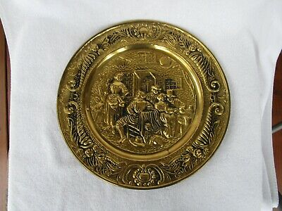 "LARGE+Vintage Round Solid Brass Embossed 14"" WALL PLAQUE HANGER!!~QUALITY ITEM!!"