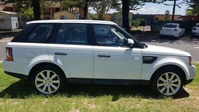 white 2010 Range Rover Sport low kms lady owner tow bar sun roof diesel auto