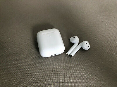 Apple AirPods 2 (2nd Generation) with Wireless Charging Case White