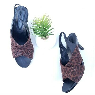 Ladies Shoes Step on Air Avery Flat Sandals Punch Hole Detail Size 6-10 Black Wh