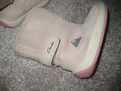 Clarks Maxi Bounce Natural Suede Boots 6g girls