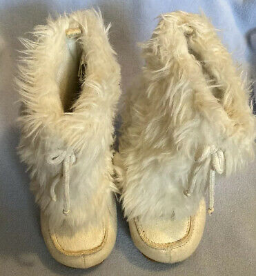 Gymboree Girls Boots Furry Wooly White Suede Winter Boots Toddler Girls Sz 7