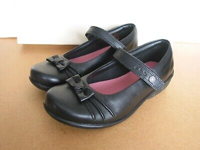 NEW CLARKS DAISY CHAT OLDER Girls BLACK Leather SCHOOL SHOES SIZE 3 H