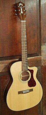 Guild OM-140CE Cutaway Acoustic-Electric All Solid Spruce Mahogany Guitar w/Case