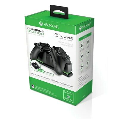 Officially licensed by Xbox One Dual Charging Station Black with 2 batteries