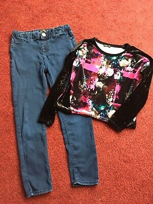 Girls Navy Blue Jeans And Velvet Top From River Island. 9-10 yrs.