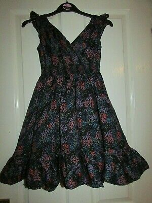 girls pretty navy blue floral dress from M&S age 8yrs