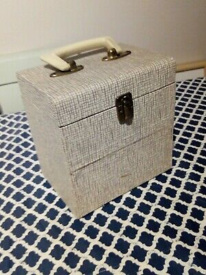 """Winel Style Case for Boots Retro Record case 7"""" 45 holds 50"""