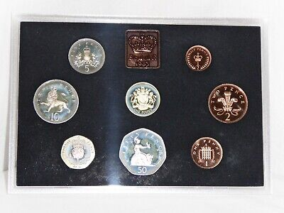 1983 Royal Mint Proof Coin Collection Year Set Blue Case Half Penny coin