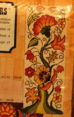 Latch Hook Rug Pattern Vintage Tree of Life 18 x 48 by Rug Crafters
