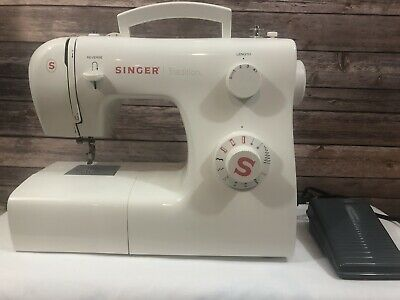 SINGER SEWING MACHINE Model 50T8 E99670 USED