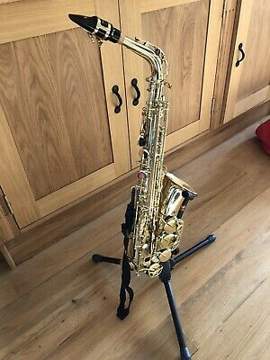 Stagg 77-SA Alto Saxophone with hard case and stand