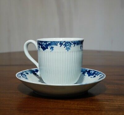 Worcester cup & saucer, Ribbed form with blue Lambrequins, c. 1756