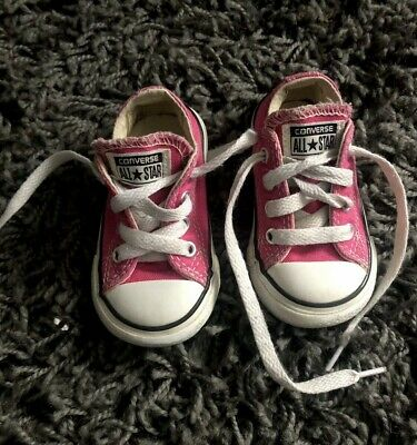 Girls Converse Trainers Pink Infant Size 4