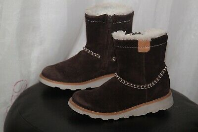 Clarks Girls Brown Suede Ankle Boots Size Uk 10, Eu 28