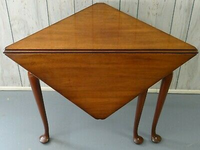 KITTINGER Mahogany Corner Table Colonial Williamsburg CW-2 Dropleaf Triangle