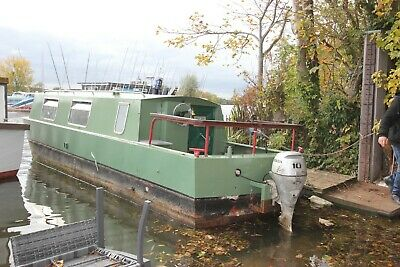 26ft cruiser stern narrowboat liveaboard houseboat nr London