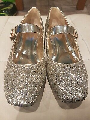 M & S Older Girls Gold Coloured Shoes Glitter Sparkle Size 6-VGC Worn Lightly