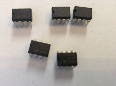 FREE SHIPPING 10 x LM393N LM393 IC LOW POWER DUAL VOLTAGE COMPARATORS