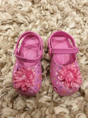 Kids croc style shoes size 7 girls