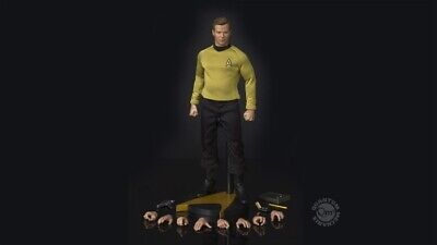 Quantum Mechanix QMx Star Trek TOS Captain Kirk 1/6 Figure 2019 Release In-Hand