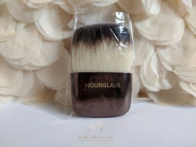 Hourglass Ambient Powder Brush New in Sleeve