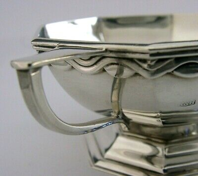 BEAUTIFUL ARTS & CRAFTS STERLING SILVER TWO HANDLED BOWL 1938 HEAVY 132g