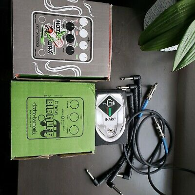 Lot of bass pedals, all great condition.  Electro-harmonix, Snark, all cables.