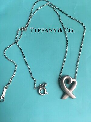 TIFFANY & Co Signed Paloma Picasso Sterling Silver Loving Heart Pendant Necklace