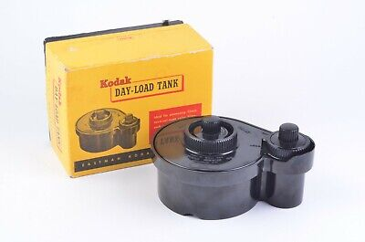 EXC++ KODAK DAY LOAD 35mm FILM DEVELOPING TANK, BOX, BARELY USED