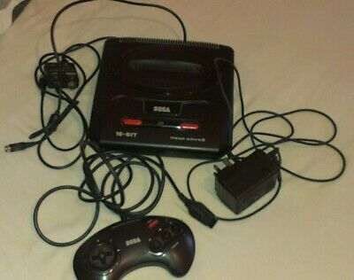 SEGA MEGA DRIVE 2 II WITH ALL LEADS, & 1 OFFICIAL CONTROLLER. Tested & Working.