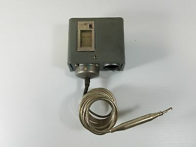 Johnson Controls A72AA-1 Temperature Control