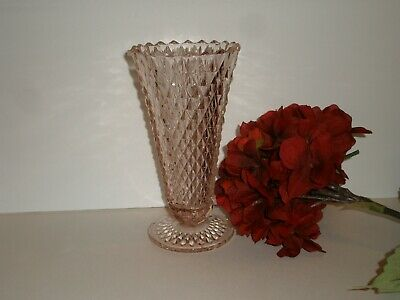 "Vintage Diamond Point Pattern Pink Depression Glass 8"" footed Vase VGC"
