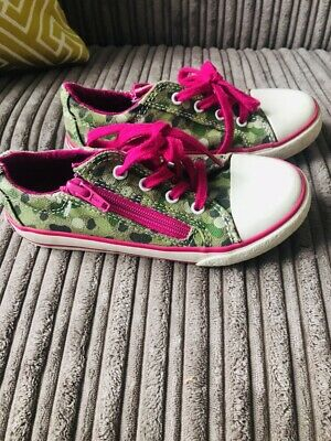 Girls clarks girls shoes trainers size 10G