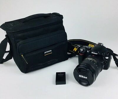 Nikon D40X Camera With 18-200mm Lens Battery And Case