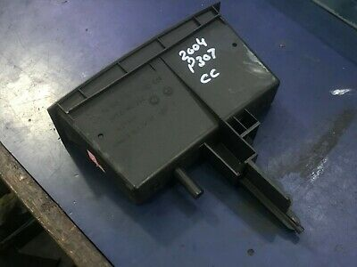 2004 Peugeot 307Cc Convertible Coupe Dashboard Under Radio Storage 9634511577