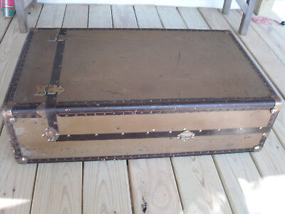 "Black 10-7//8/"" Pointed Leather Trunk Handle holes Slots chest steamer antique old"