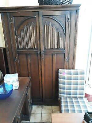 Old Charm Oak Wardrobe Dressing Table And Double Bed