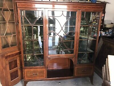 Excellent Quality Edwardian Inlaid Mahogany Triple Door Display Cabinet