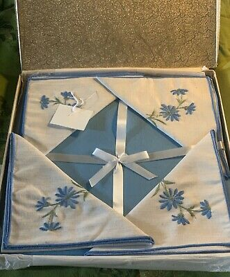 GORGEOUS Vintage Tablecloth and 4 Napkin Set-Cotton, Organza, LACE, Embroidery