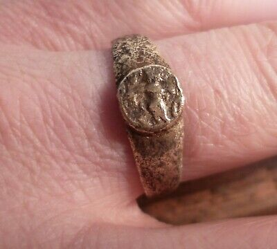Ancient Roman Bronze Ring With Relief Of Minerva Goddess Of Wisdom-Detector Find