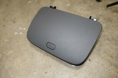 Chevy HHR 06-11 CENTER DASH STORAGE COMPARTMENT middle glove box Panel Lid GRAY
