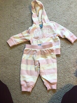 baby gap 3-6 months girls Track Suit