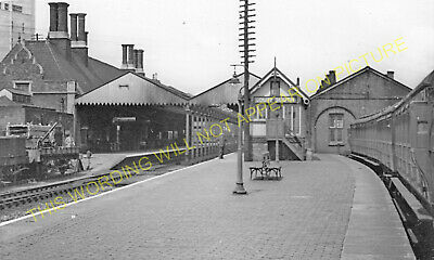 Authorpe to Grimsby 12 Legbourne Road Fotherby Louth Railway Station Photo