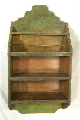 ANTIQUE EARLY 20th CENTURY PRIMITIVE HANGING SHELF IN ORIGINAL GREEN PAINT