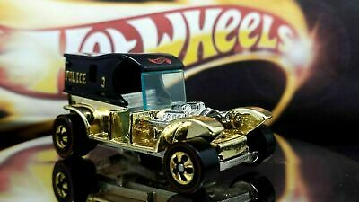 Hot Wheels FAO Schwarz Gold Series Collection 2 Paddy Wagon Vintage LIMITED ED