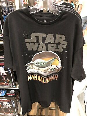 Disney Parks 2020 The Child Baby Yoda Star Wars Mandalorian Unisex Shirt M