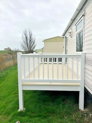 Upvc  Fully Enclosed Static Caravan Decking  16 Ft X 6 Ft Immaculate Condition